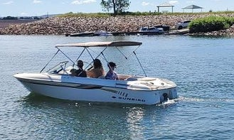 Sunbird 17' Ski Boat Denver Best Deal Comes with Extras!