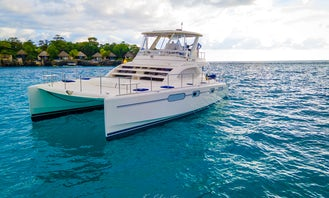 Luxury Private Yacht Tour to Rick's Cafe - Premium all-inclusive drinks & food