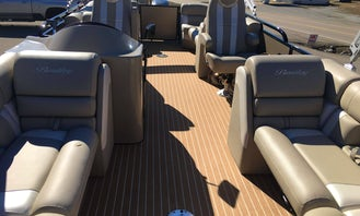 2018 Bentley Admiral Elite 23' Tri-Toon for Rent in Sharps Chapel/Norris Lake!