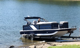 2020 Hurricane 25' Powerboat for Party Charter in Broken Bow, OK   Hochatown, OK   Beavers Bend