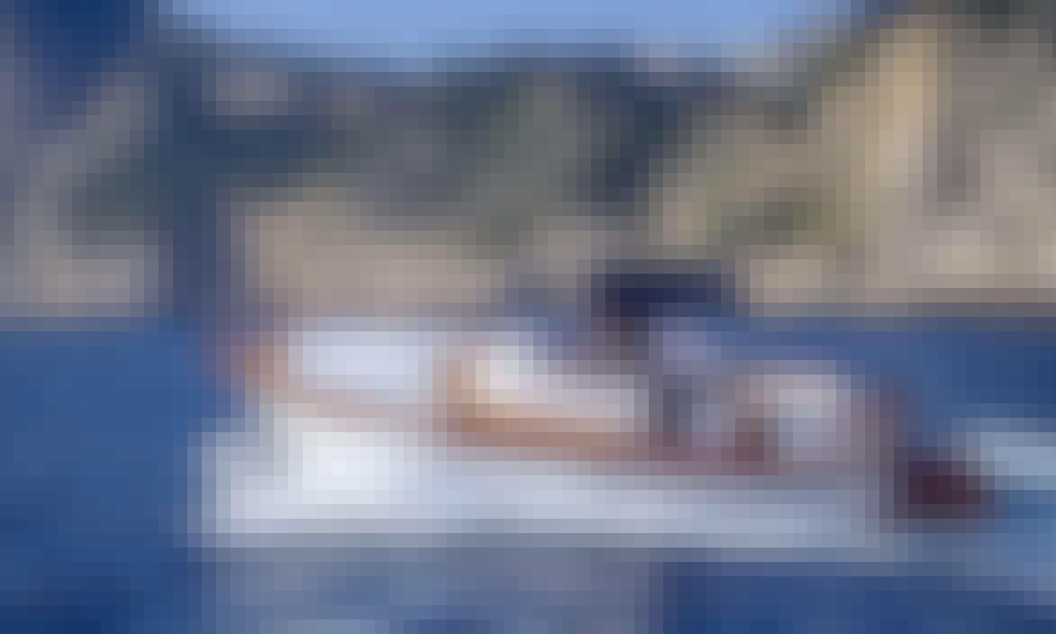 Book the Luxury 32' Gozzo in Capri, Campania