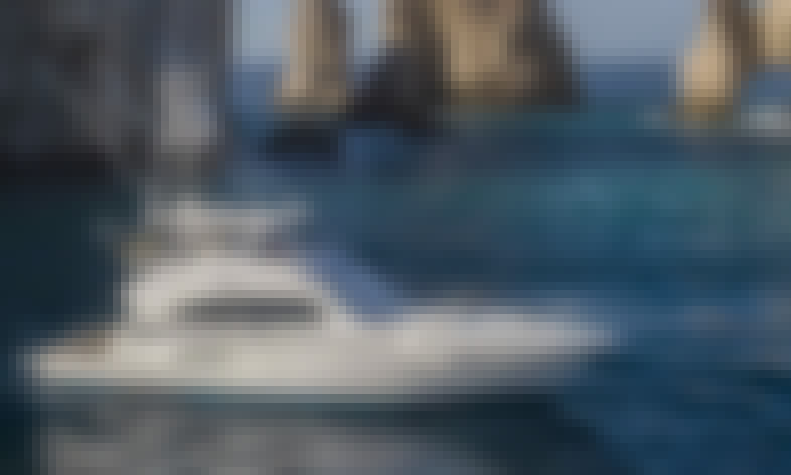 Luxury 71' Bertram Sportfishing Yacht Charter in Cabo San Lucas