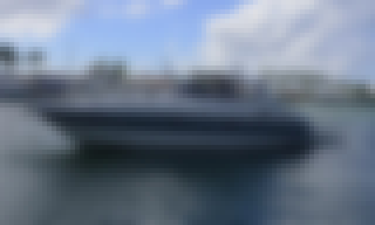 Cranchi 50 Motor Yacht Charter in Casa de Campo