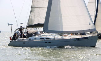 Sailing with class and comfort at Nieuwpoort Belgium on Beneteau 473