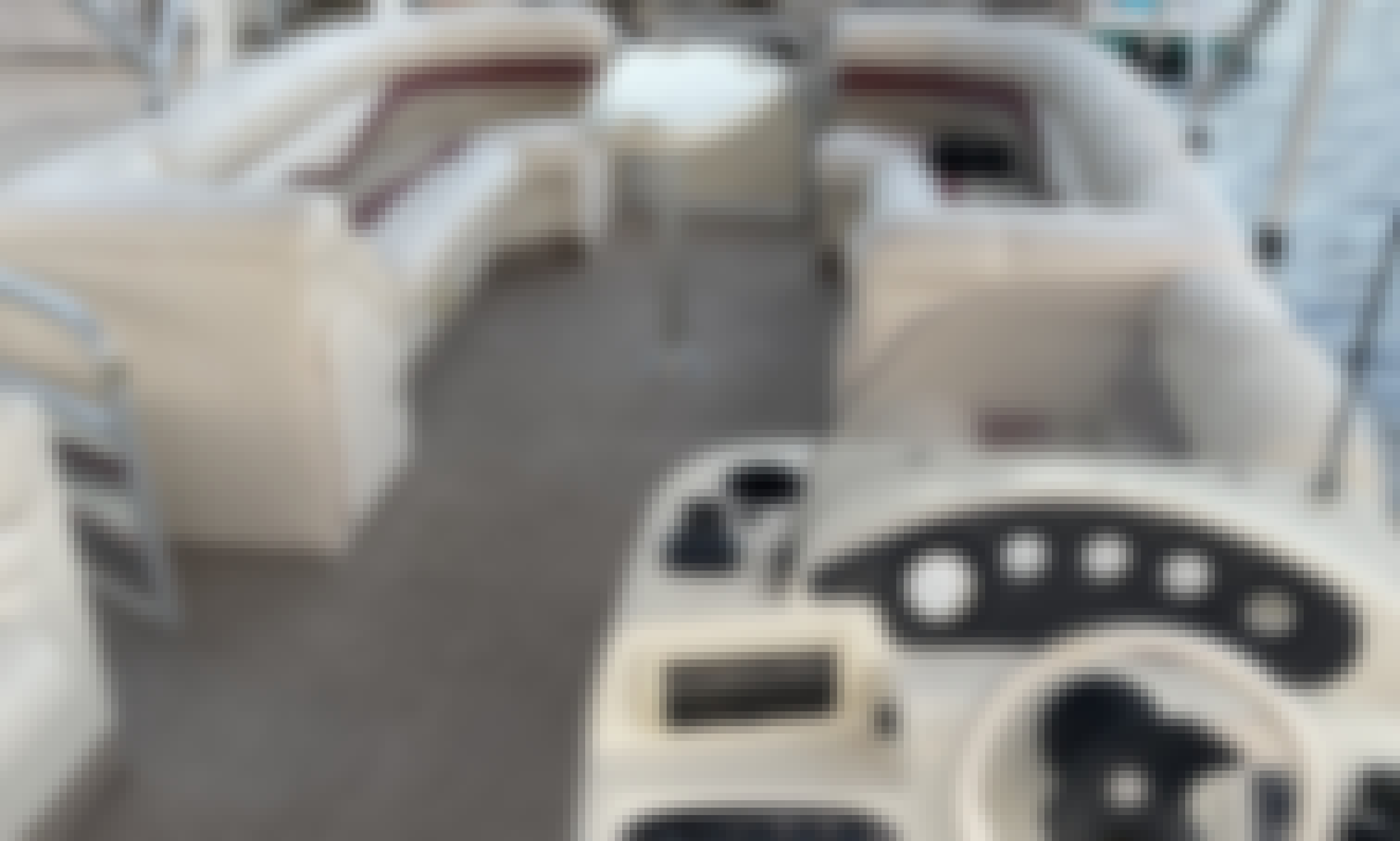 Bennington 2280RL Pontoon Rental in Cape Coral