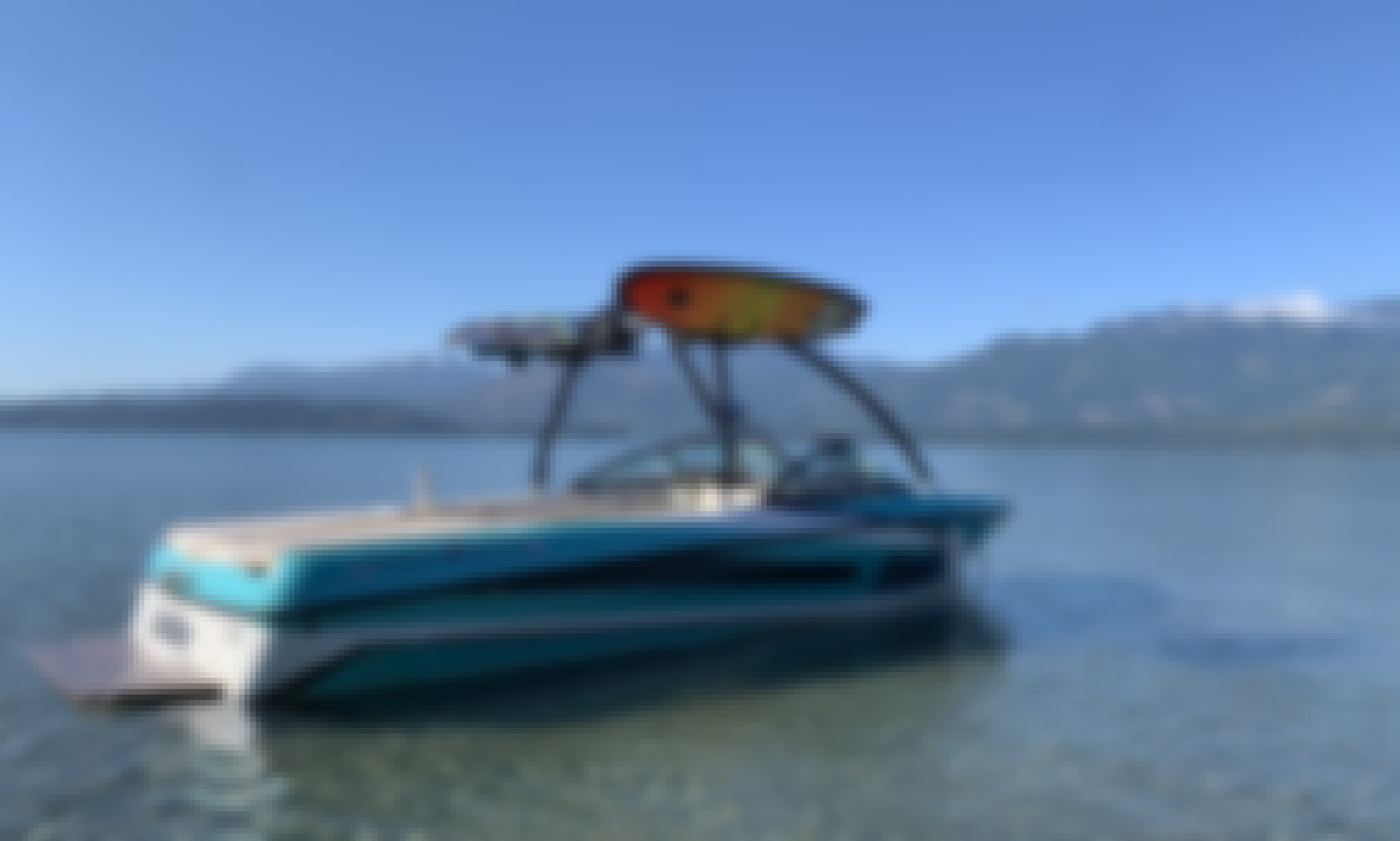 Malibu Wake Surf Boat for Rent!! Wake Surfing & Watersports in Surrey!