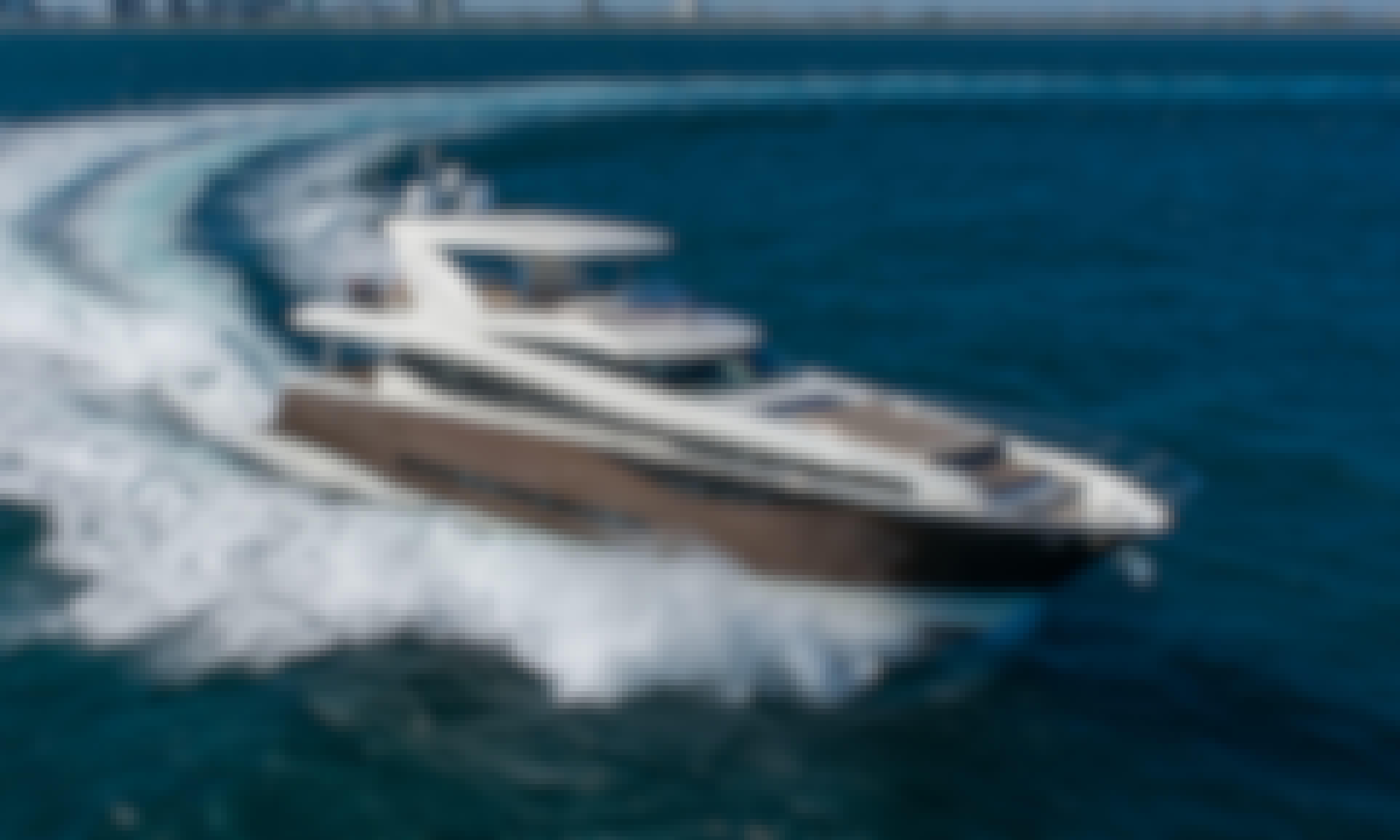 75 Prestige - Modern & Sleek Yacht in Palm Beach