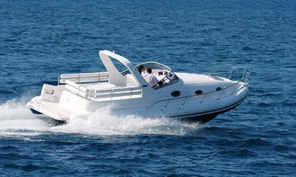 33' Mostro Cabin Powerboat With Twin 300 Hp Mercruiser In Athens, Greece