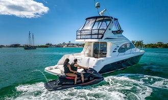 New 50 Foot Sea Ray Motor Yacht with Toys