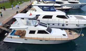 10 Person Motor Yacht Rental in İstanbul, Turkey