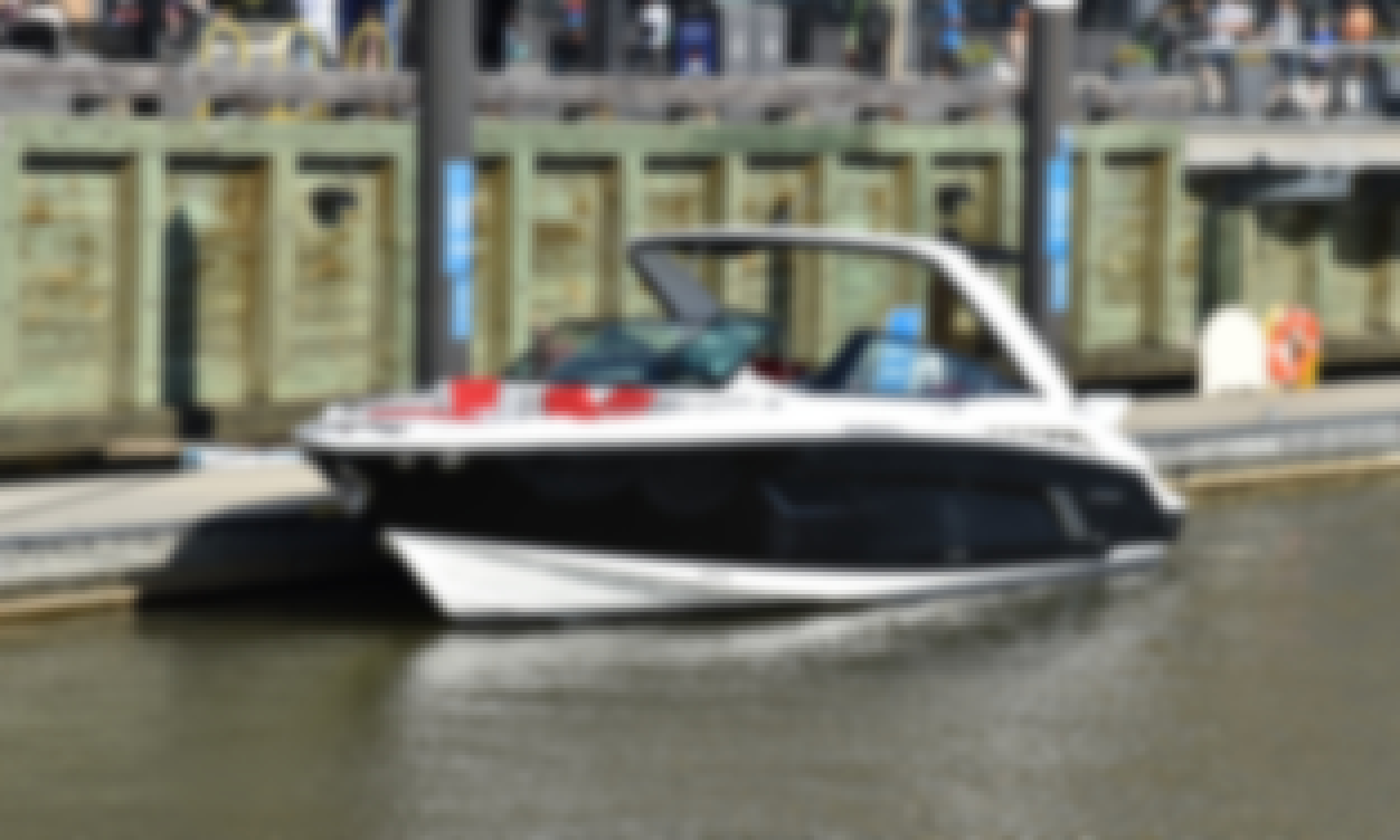 Cruisers Sport Series 328 Yacht! Premium Boating at DCs best Waterfront Destinations