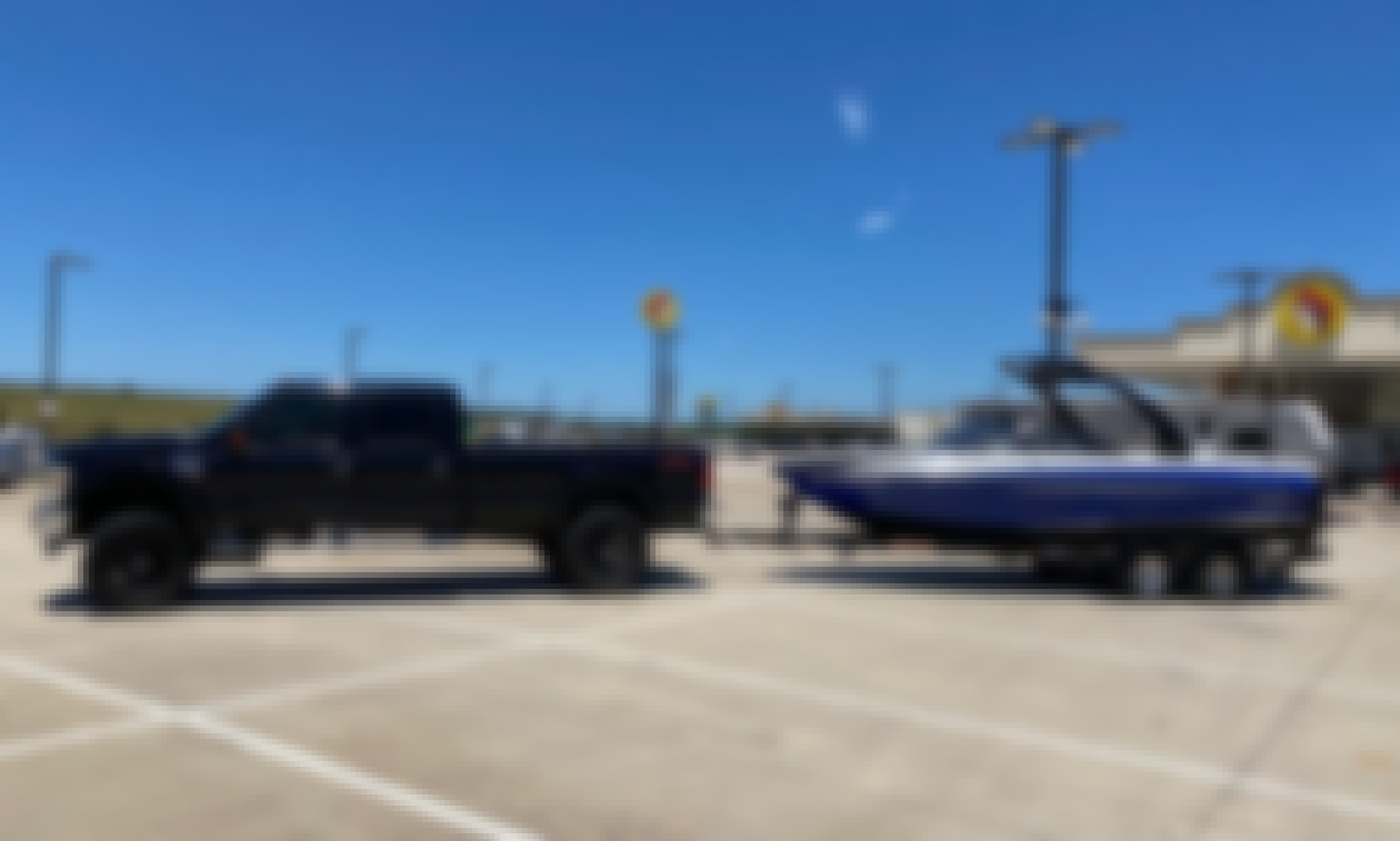 Malibu Sunsetter Wake/Ski Boat for 10 Passenger Available on Lake Travis!