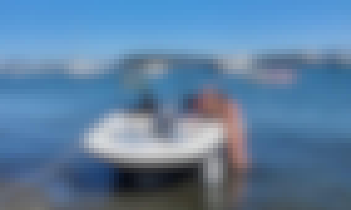 BRAND NEW 202118ft Bayliner in Slip ready to go
