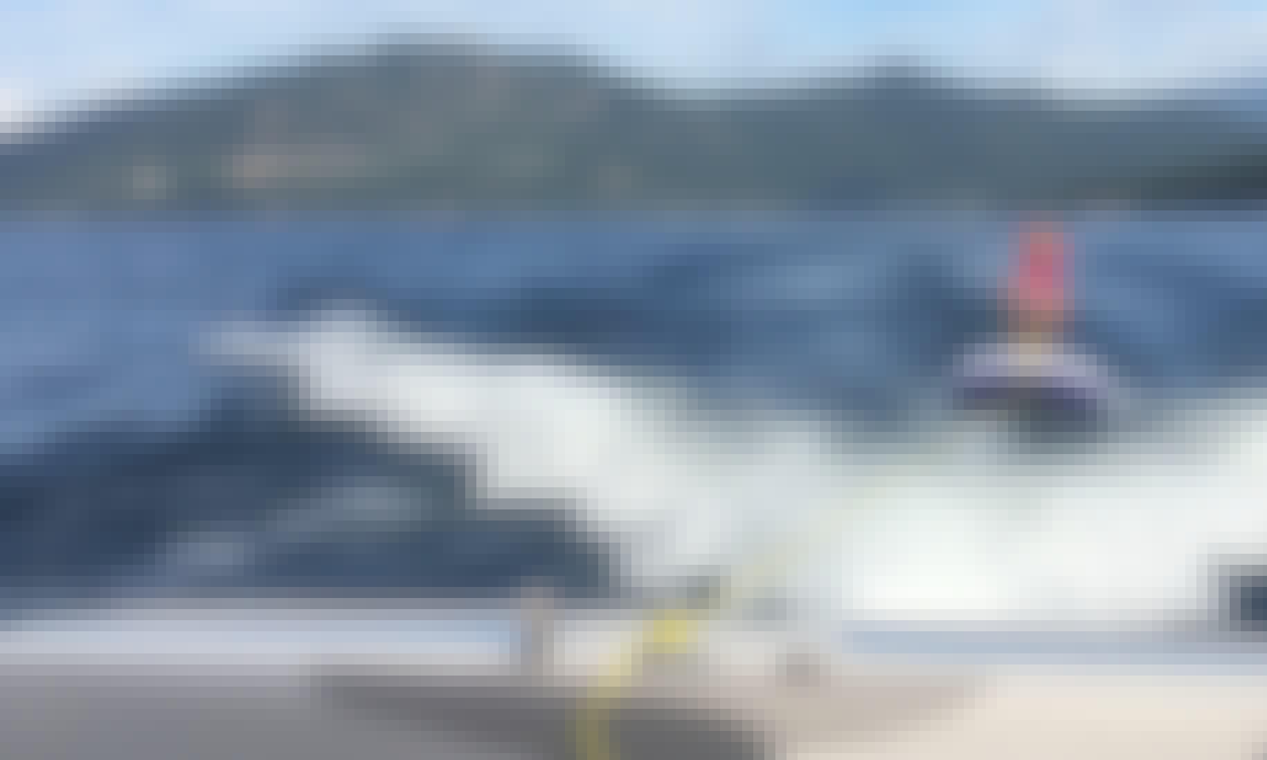 24 MXZ Malibu Wakesetter for rent in the Shuswap Lake, South Thompson River, Monte Lake area's.