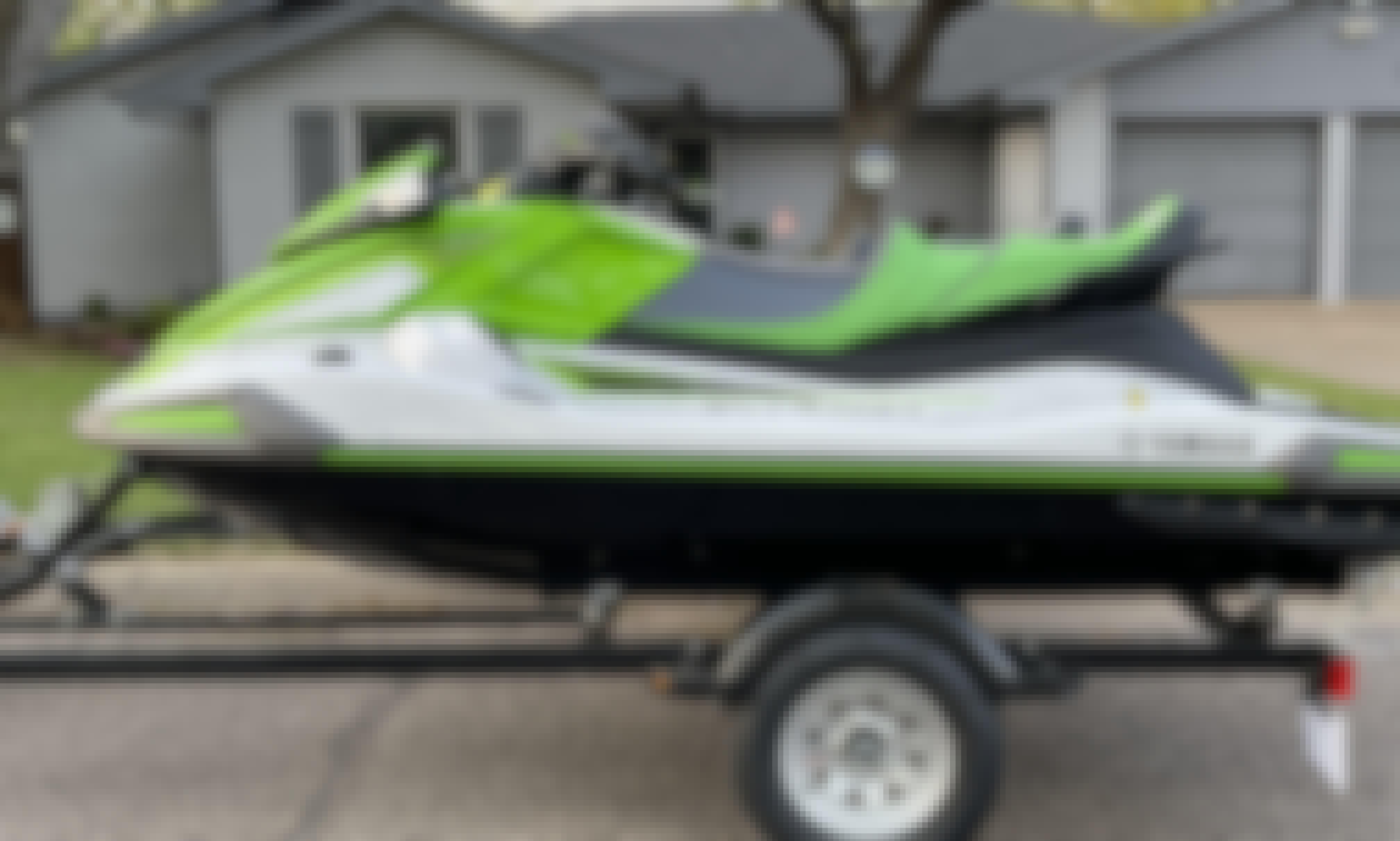2021 Yamaha Waverunner Jet Skis For Rent x 2 | Lake Granbury