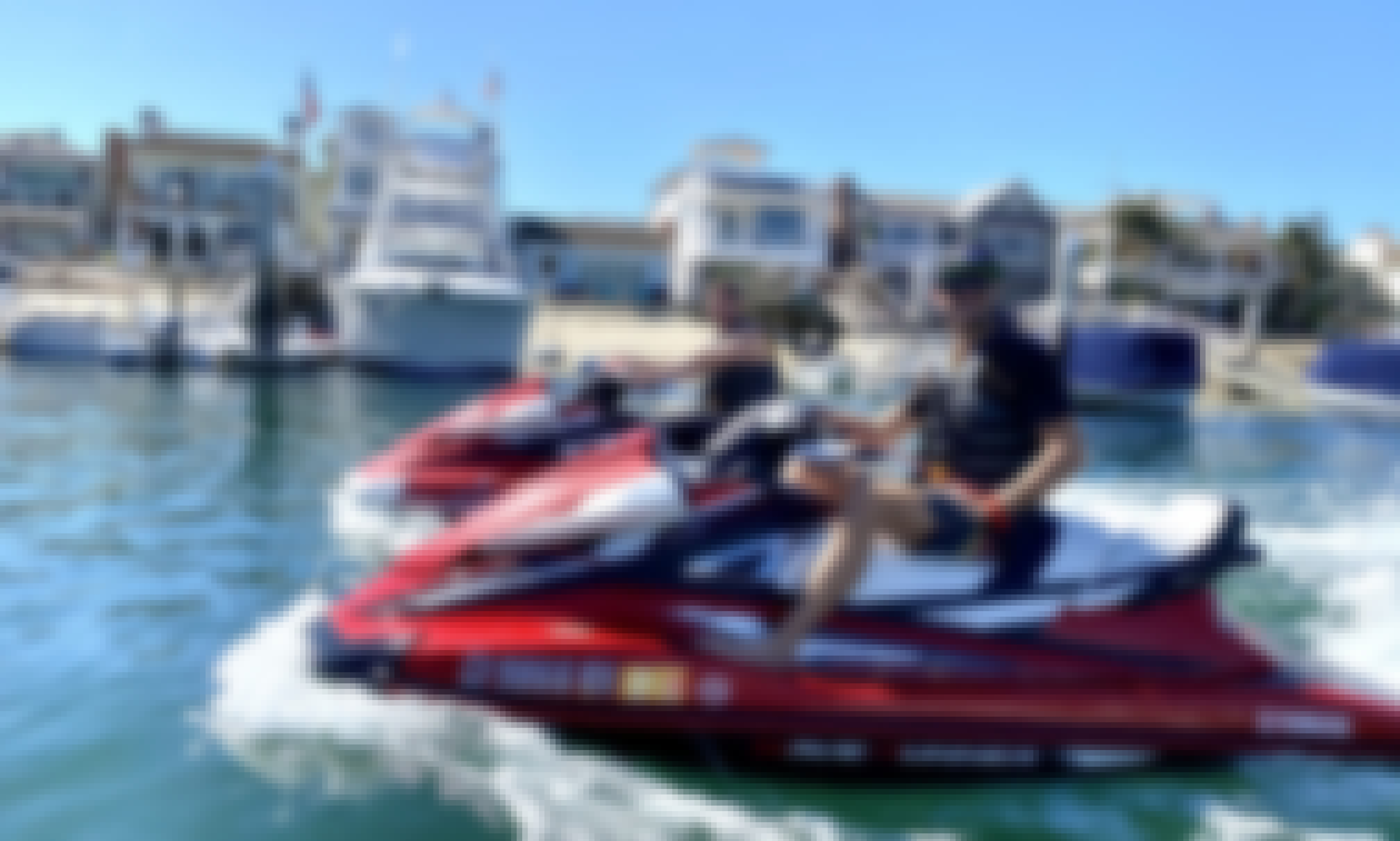 Comfort and Speed with 2019 Waverunners VX Cruiser!!
