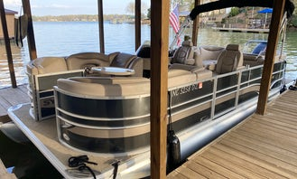 Cruise and Play on Lake Norman in a Sylvan Pontoon!!