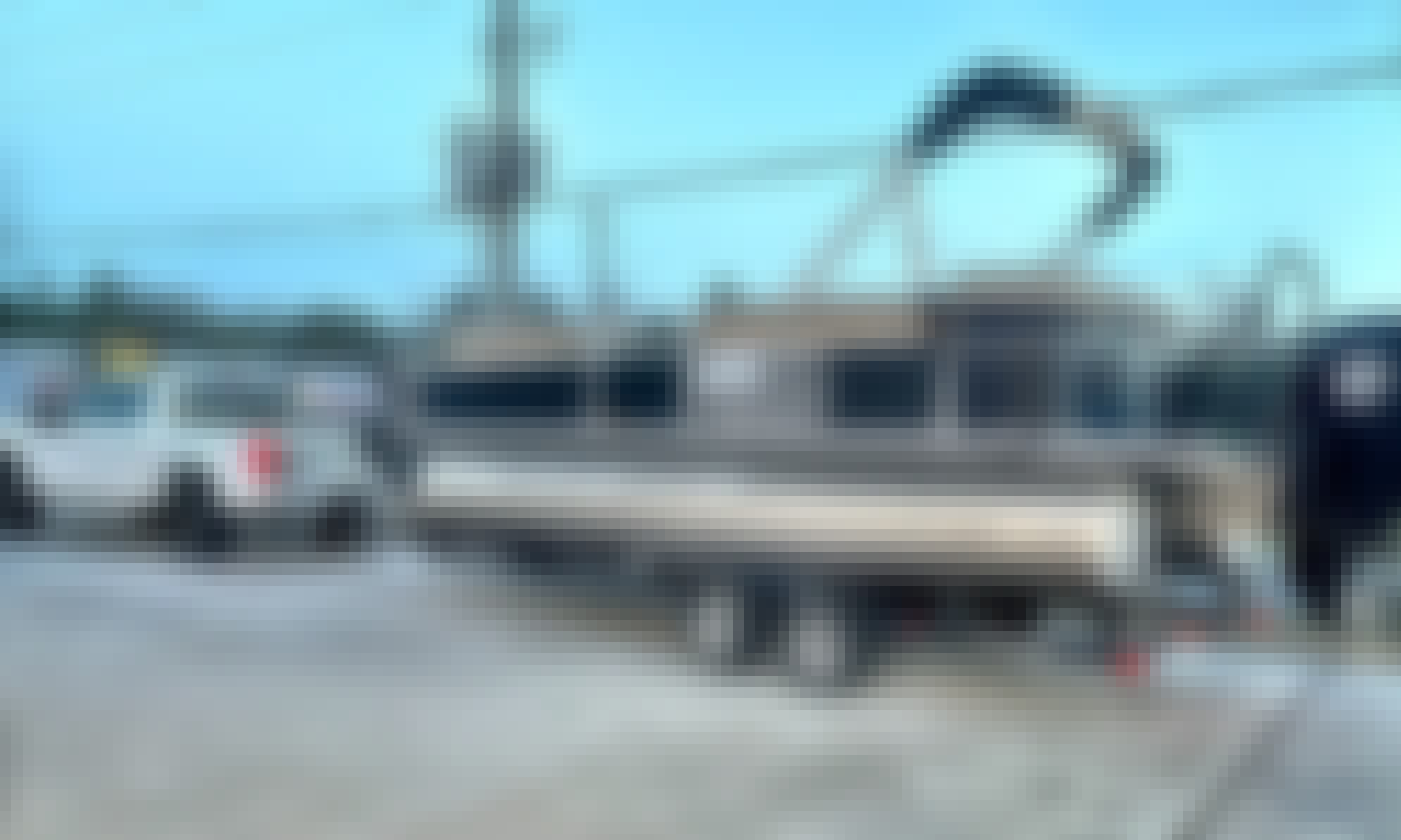 Suntracker Sport Pontoon Boat Rental in Montgomery