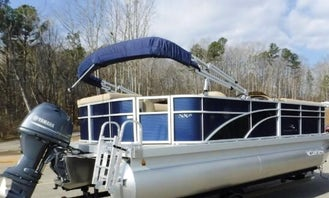 Bennington 20' Pontoon Cruiser! Fish or Cruise the River