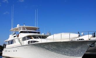 Timeless Luxury Motor Yacht, Long Beach & La