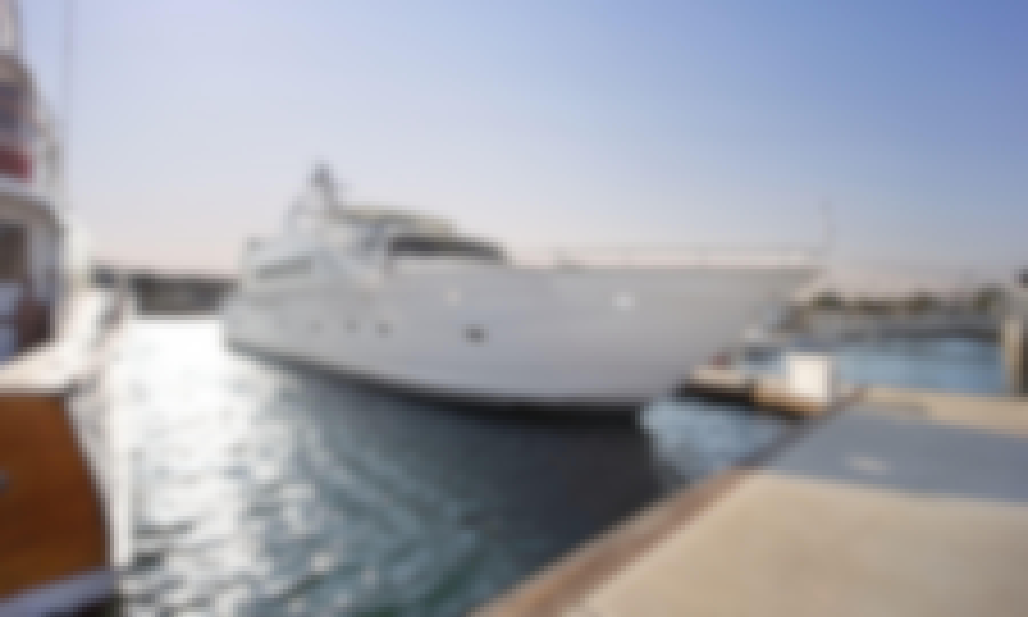 Motor Yacht W/Jacuzzi, Long Beach & LA
