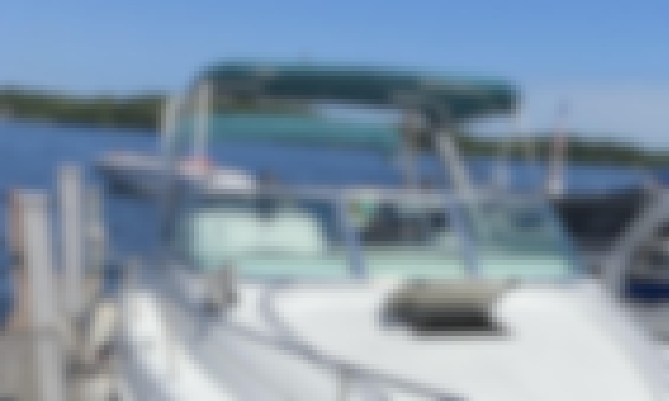 28' Larson Cuddy Cabin Power Yacht with Captain in Minnesota