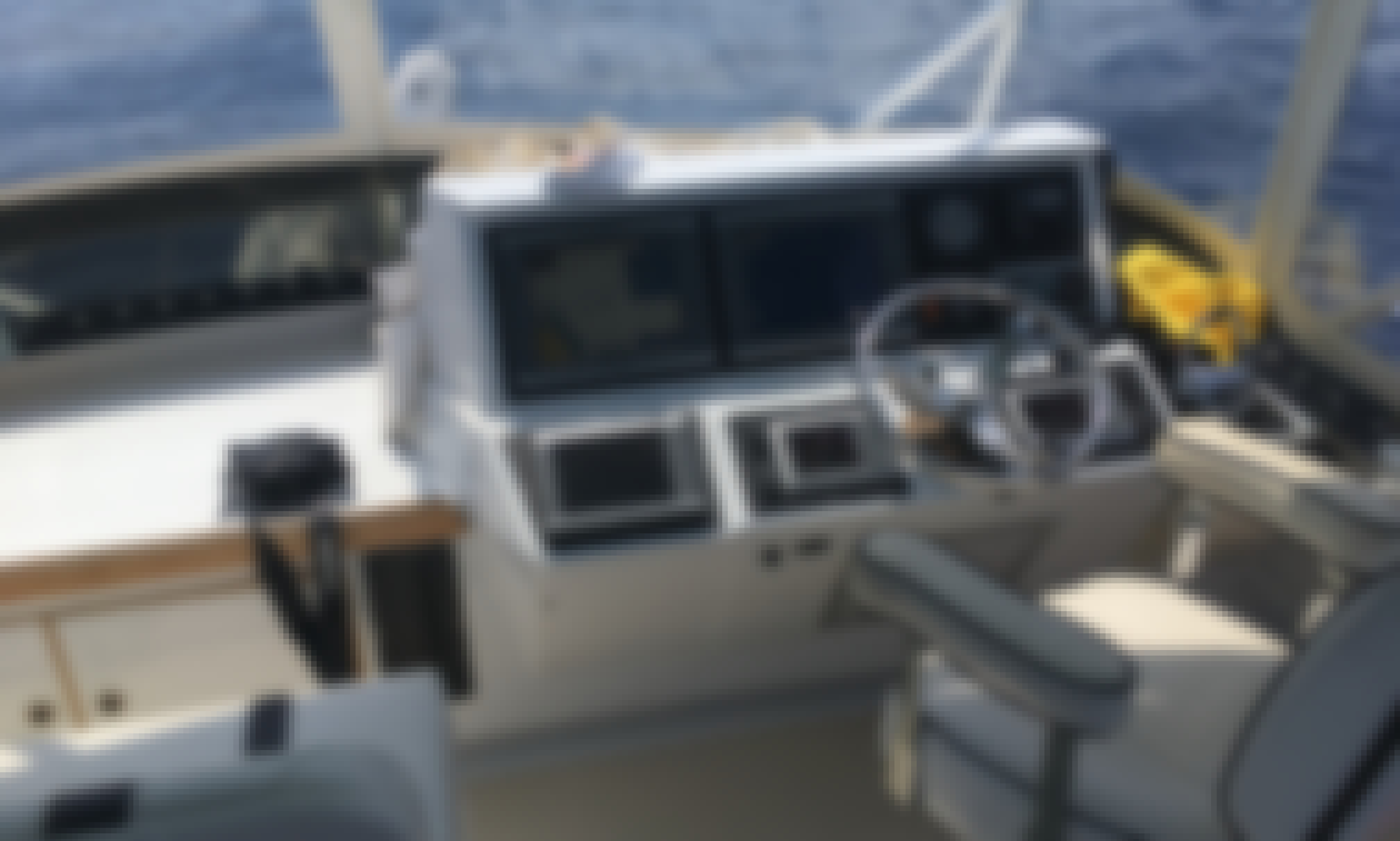 Pacific Bluefin 45' Comfortable Cruiser / Sportfisher for hire Long Beach