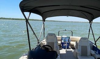 Luxury Pontoon for rent on Grapevine Lake