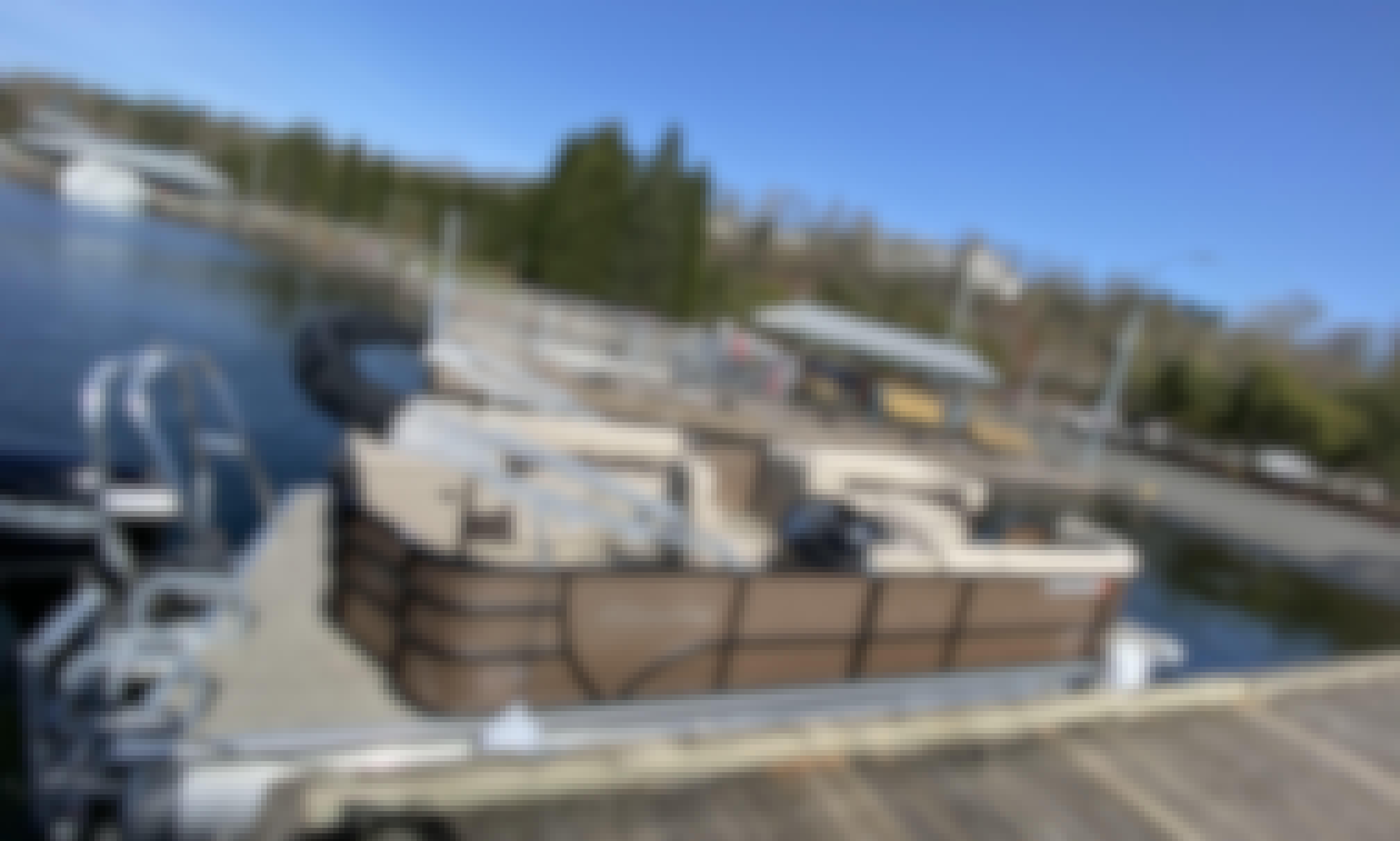 2021 Bentley Pontoon Boat, Renton