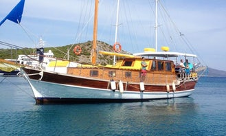 Private charter for daily and weekly boat trip on sailing Gulet HM in Bodrum