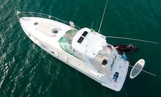 Sport Yacht Cruiser 44 In Riviera Nayarit, México