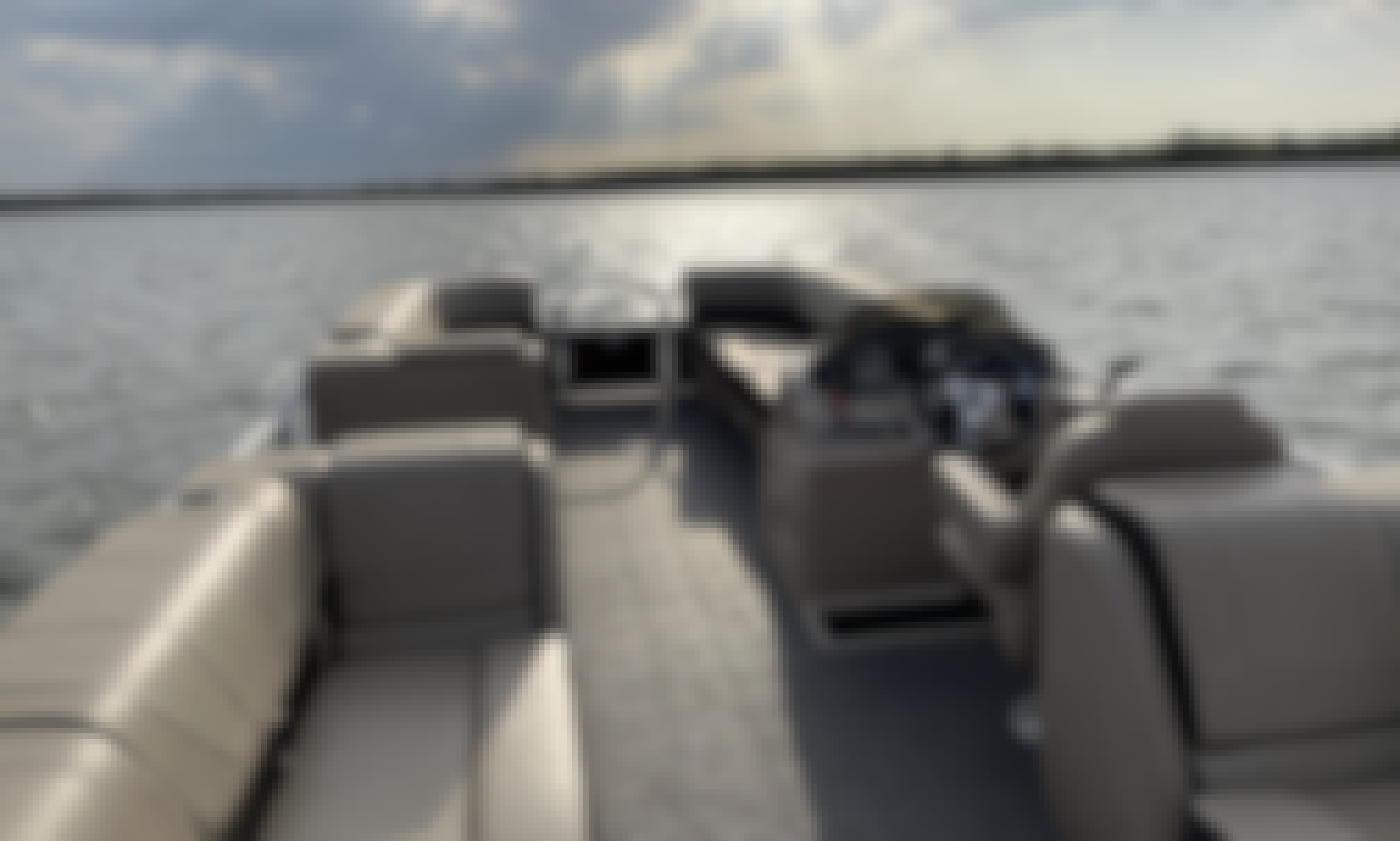 Sun Tracker 24' Pontoon Boat for Rent on Lavon Lake