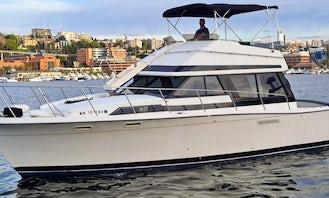 Lake Union and Washington Yacht Charters 38' yacht Husky Sailgating- We have HEAT!!