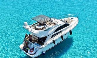 Charter 43' Fairline Phantom Motor Yacht in Ornos, Greece!