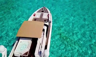 Dyna Craft 80' Mega Yacht From From Tulum-Cancún - Jet Ski Available!
