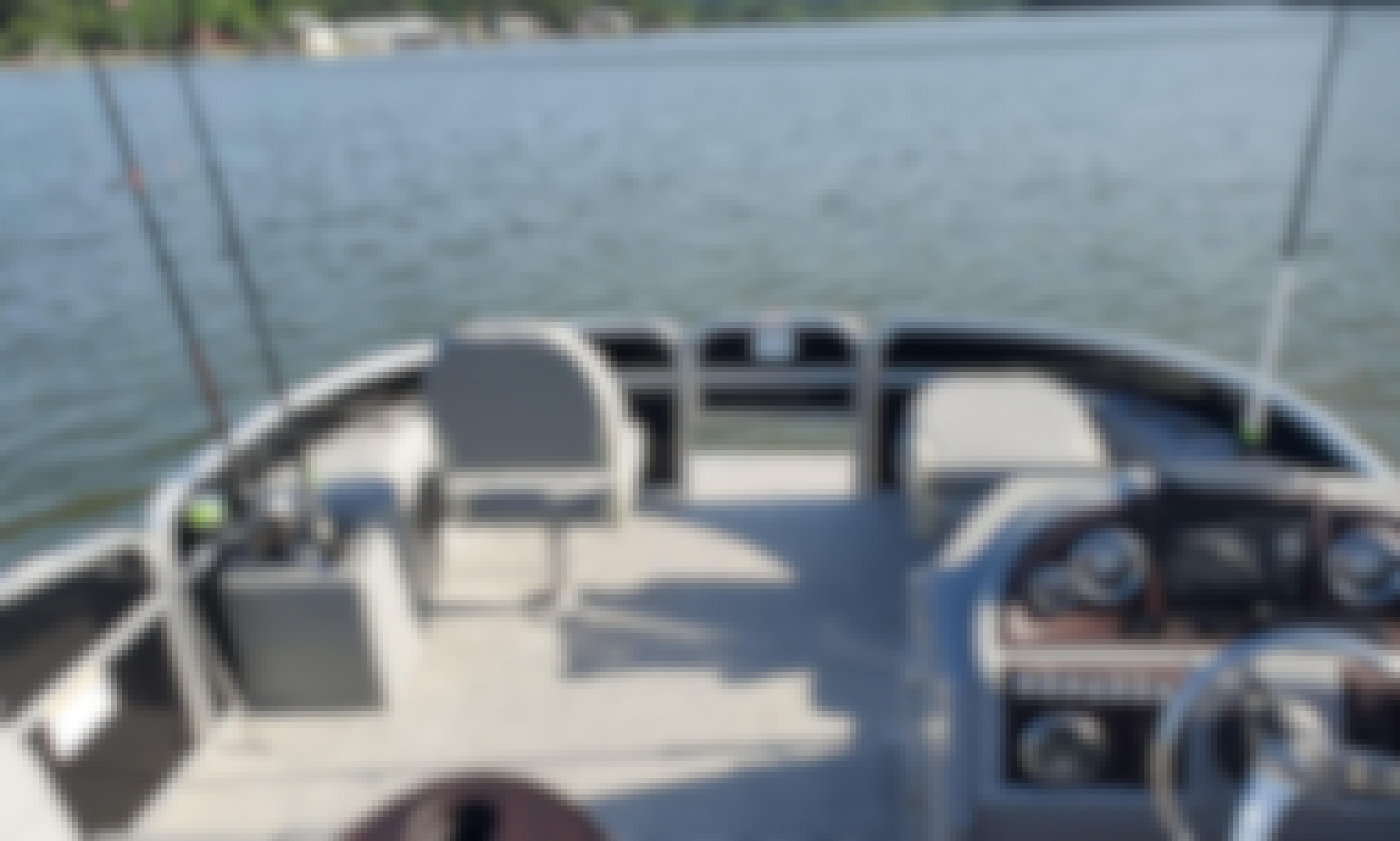 New Bershire Pontoon Boat 2021 for Rent!