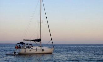 Chiripa Oceanis 331 Sailing Yacht Rental in Marbella, Andalucía