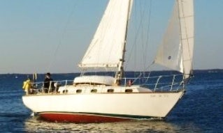 Charters 33' Cape Dory Cruising Monohull In Kilmarnock, Virginia