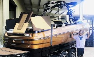Luxury Moomba Mojo Wakeboard Boat Rental