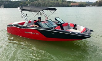 New Mastercraft Nxt 22-Surf, Wakeboard, Ski and Cruise in style! with Professional Captain in Austin