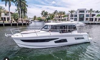 Beautiful Jeanneauu 36' Luxury Yacht for Charter in Miami