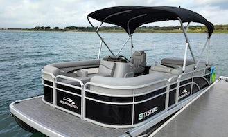 2021 Bennington Luxury Pontoon for Rent on Canyon Lake Texas