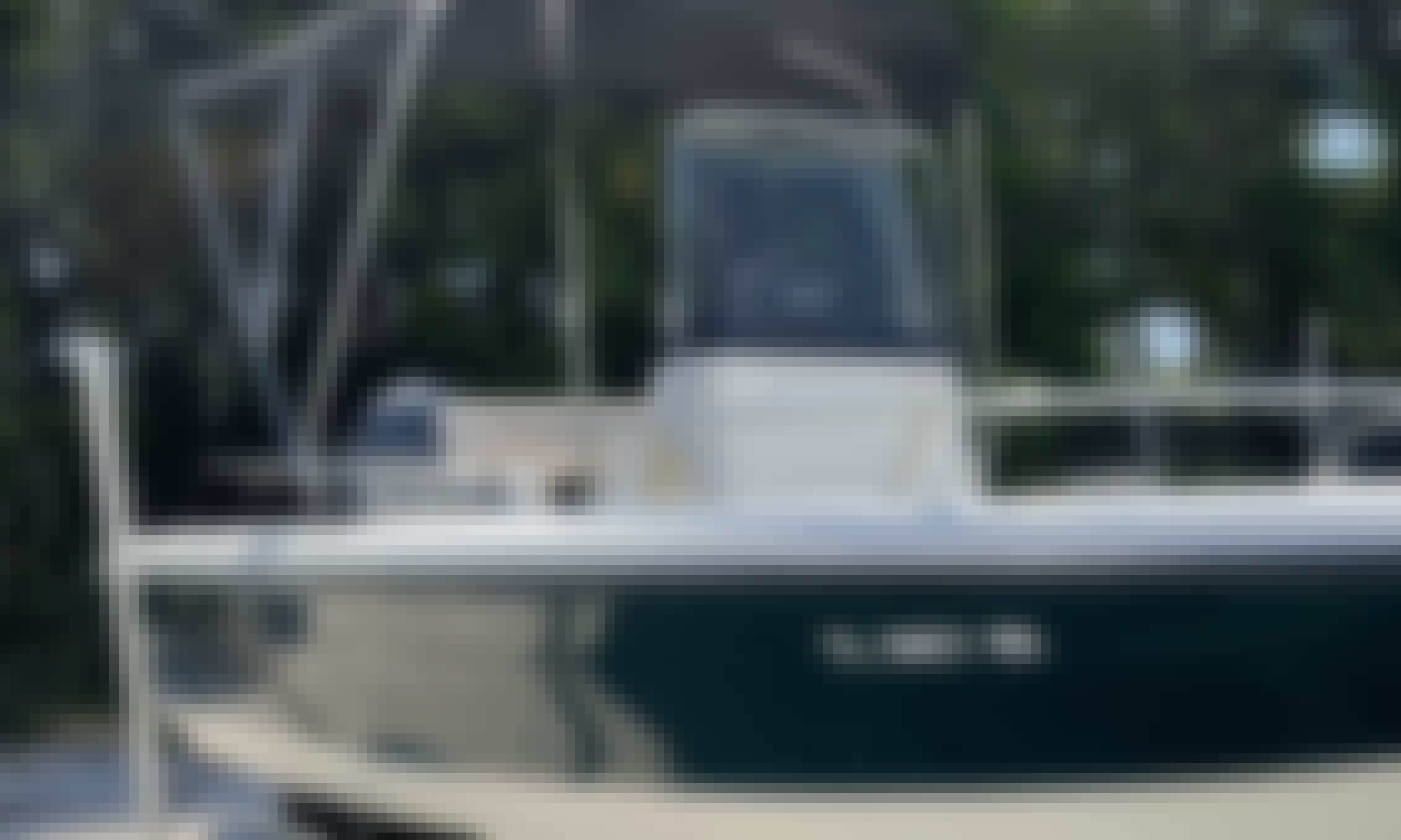 Hydrasports 18 ft, perfect for sand bar and fishing!!!