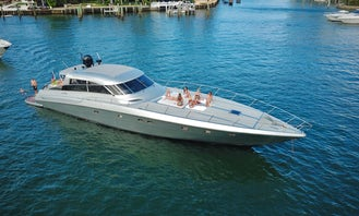Beautiful 82' Baia Motor Yacht for 12 People Sag Harbor, New York !