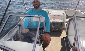 18' Bowrider for rent on Saratoga Lake