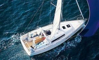 Beneteau Oceanis 35.1 in Long Beach - Luxury Sail Boat for 6 People