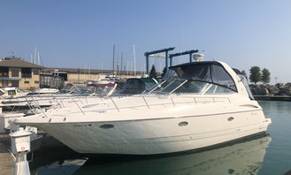 40' LUXURY Cruiser's Yacht in Chicago, Illinois! NEW LISTING