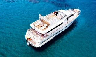 San Lorenzo 82ft Incredible Mega Yacht Luxury Experience in Greece
