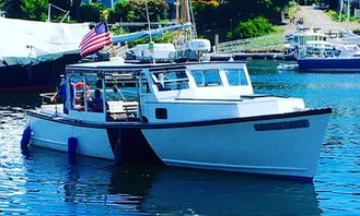 Lobstering, lighthouse and wildlife tours and private charters in Camden
