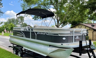 2019 Princecraft Vectra 23 XT Pontoon Boat | Lake Granbury | *MULTIPLE DAY RENTALS ONLY*